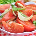 Готовим маринованные помидоры за 15 минут