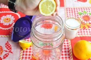Выдавим сок лимона