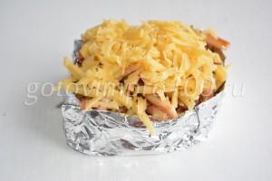 выложите твердый сыр