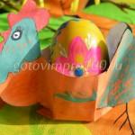 Курочка-подставка для пасхальных яиц
