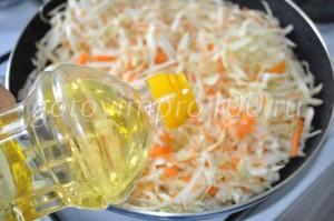 выложите овощи на сковроду