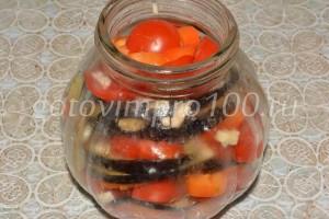 выложите слои овощей