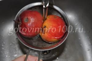 вымоем яблоки