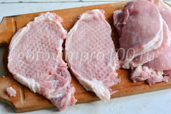 Отбивные из свинины очень вкусные и сочные-3